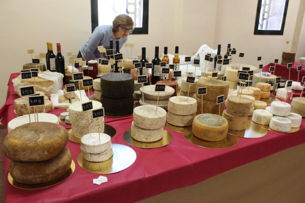 Salón del queso Hinojosa del Duque